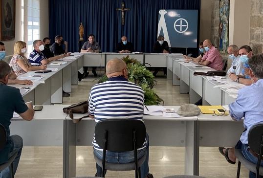 EL OBISPO SE REÚNE CON LOS DELEGADOS DIOCESANOS