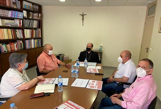 Con Cáritas Diocesana