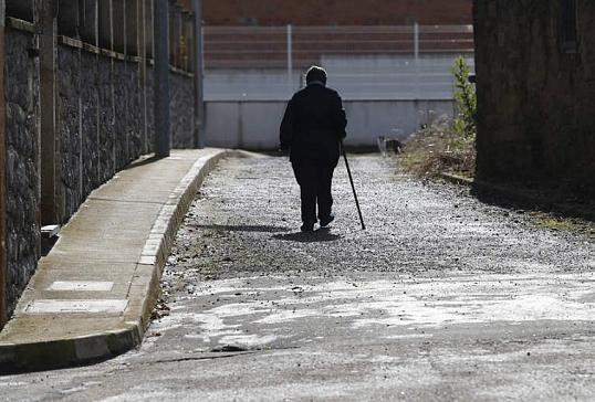 Programa de acompañamiento a personas mayores de Cáritas Astorga