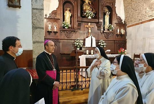 PRIMERAS VISITAS DE D.JESÚS COMO OBISPO DE ASTORGA