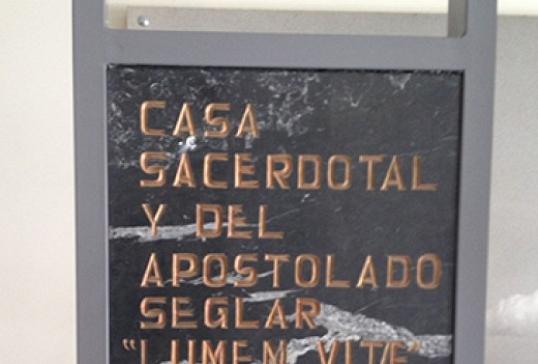 Placa Casa Sacerdotal