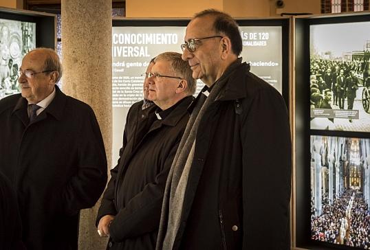El Palacio Episcopal acoge la exposición de Gaudí y la Sagrada Familia