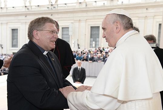 IV Aniversario de la Ordenación Episcopal de Mons. Juan Antonio Menéndez
