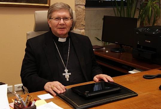 D. Juan Antonio Menéndez, elegido Presidente de la Comisión Episcopal de Migraciones