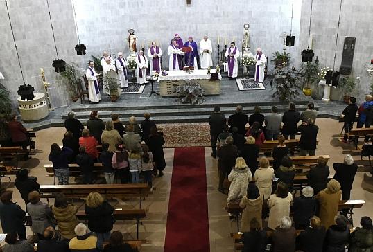 Sobradelo celebra el cincuentenario de su actual Iglesia Parroquial
