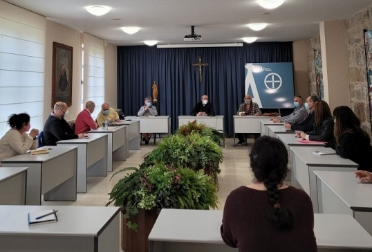Reunión en Cáritas Diocesana