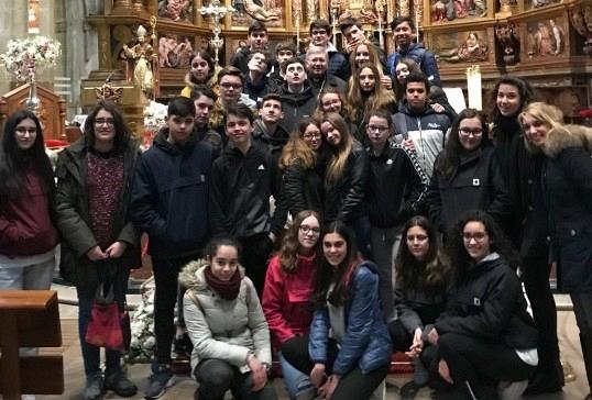 Alumnos del Instituto Sant´Apollinare visitan la Catedral de Astorga