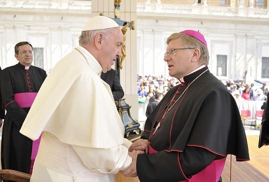 El Obispo le expresa personalmente al Papa la comunión de la diócesis de Astorga con su persona