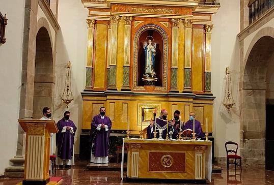 El Obispo preside la Eucaristía con motivo de la Jornada de Oración por las Víctimas de Abusos