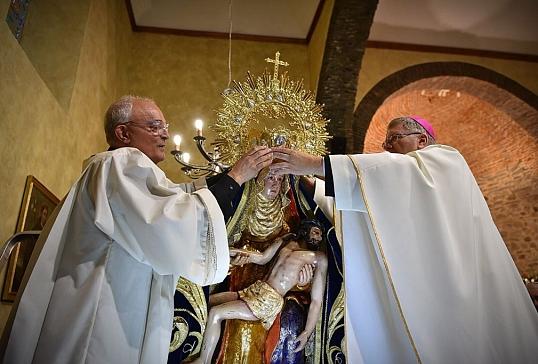 La Virgen de las Angustias de Cacabelos ya está coronada