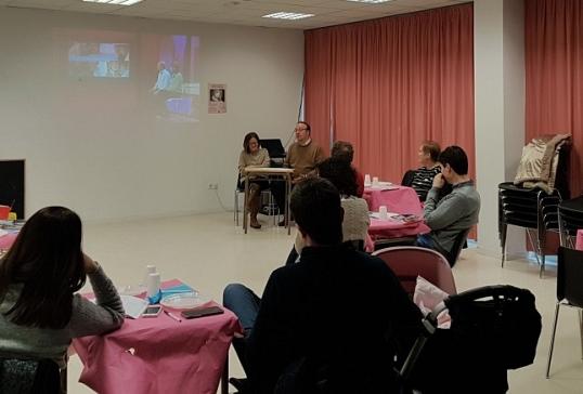 LA DELEGACIÓN DE FAMILIA OFRECE A LAS PARROQUIAS IMPARTIR EL CURSO PARA MATRIMONIOS